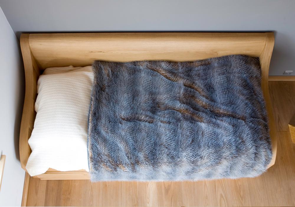 custom-furnitiure-chamonix-bed