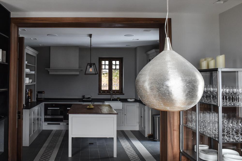 Oak-kitchen-chamonix